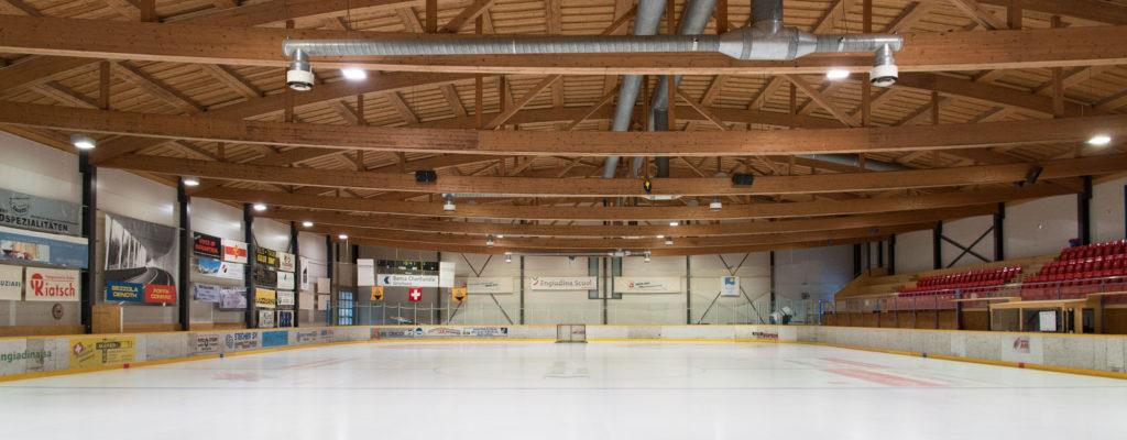 Eishalle-Gurlaina-Scuol-Eishockey-Halle-3