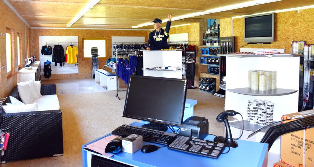 Ochsner Pro Shop Scuol 1
