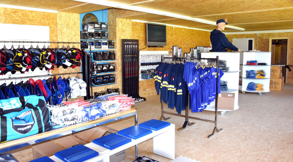 Ochsner Pro Shop Scuol 2